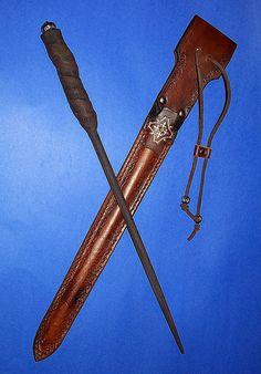 Love the wand sheath.