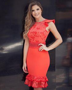 Dress @karmanioficial  Coral, bem da cor do verão!