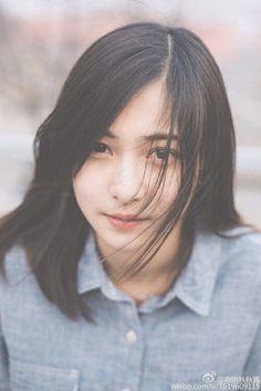 Manyunyu7 Short Hair Outfits, Girl Short Hair, Short Girls, Beautiful Person, Beautiful Asian Girls, Cute Girl Face, Cool Girl, Japanese Beauty, Asian Beauty