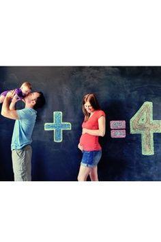 Une annonce mathématique : 10 idées pour annoncer sa grossesse de manière originale - Journal des Femmes