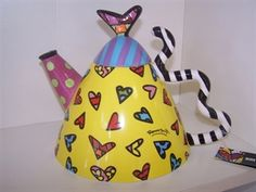 Picture of Round Teapot with Hearts by Romero Britto
