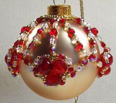 Queen of Hearts Ornament Cover Beading Tutorial | CSDDesign - Seasonal on ArtFire