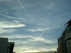 Αεροψεκασμοί στο Ηράκλειο Κρήτης.. Σκοτείνιασε ο ουρανός! | Χημικοί Αεροψεκασμοί - Chemtrails