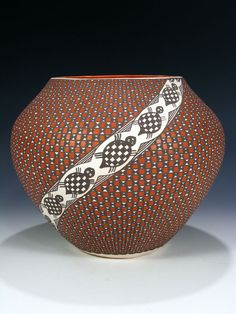 Acoma Pueblo Pottery....love all these new generation designs!