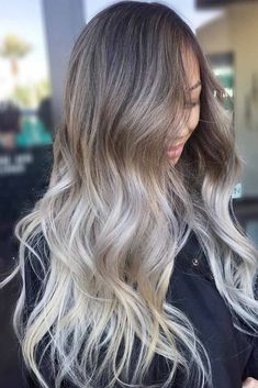 Long hairstyles are so much fun! If you are looking for inspiration in order to create new dos for your long tresses, you've come to the right place! #hairstyles #longhair #longhairstyles