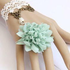 Retro Bracelet -- Fresh Love by VinsterFashion on Opensky