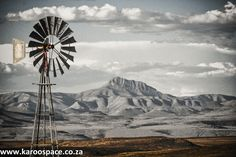 High praise for Road Tripper Eastern Cape Karoo from the Weekend Post newspaper in Port Elizabeth, South Africa.
