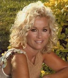 Lorrie Morgan Added to 'Pure Country' Broadway Musical Cast Country Female Singers, Country Western Singers, Country Music News, Best Country Music, Country Music Artists, Country Music Stars, Lorrie Morgan, Country Women, American Country