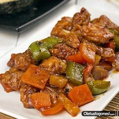 Cerdo agridulce por SiryaSeguimos con una recetilla oriental más, el archiconocido cerdo agridulce que siempre solemos pedir en los restaurantes chinos, hoy os