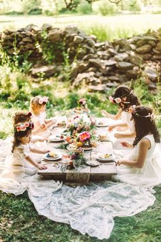A garden picnic for your flower girls
