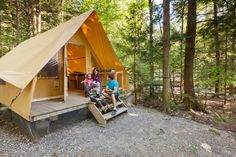 There's A Free Shuttle Bus From Montreal To Yamaska National Park Every Saturday This Summer Camping Au Quebec, Lac Champlain, Glamping, Trekking, Montreal, Perfect Place, Outdoor Gear, National Parks, Adventure