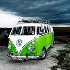 VW Bus, green.