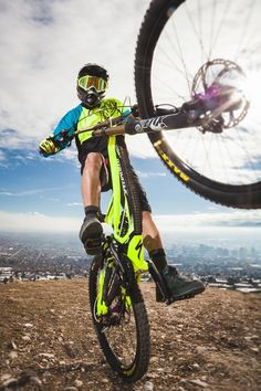 nice shot  - get your downhill gear at http://downhill.cybermarket24.com