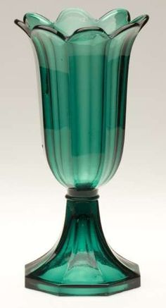 Pressed Boston & Sandwich Glass Co. tulip vase in emerald green, 1845-1865. ($4,600) Mackle Collection