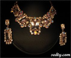 مجوهرات عرايس 2010 33438_1217178674.jpg