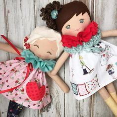 Yay!  The last of the #vintagemarketcollection dolls are ready to go!  I was thinking May 6th for the restock. But I'm willing to take requests for a different date/time. ❤️ Let me know here on this post!  #spuncandydolls #comingsoon #restocksoon #handmadedolls #colorfulandhuggable