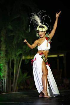 Folk Dance; Folk Dance; Traditional Dance; Dance; Fitness; Health; Dance Photography;Dance Photos; Weight Loss; Good Body; Ballet;Stage; Dance Practice; Dance Competition;Dance Academy;Dance Quotes;Dance Workout;Dance Moves;Dance Inspiration;Dance Problems;Dance Shoes; Dance Poses; Contemporary Dance Polynesian Dance, Polynesian Culture, Tahitian Costumes, Tahitian Dance, Hawaiian Woman, Female Surfers, Dancer Photography, Hawaiian Dancers, Hula Dancers