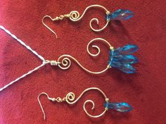 Necklace n earings, jewlery wire and beads S shape