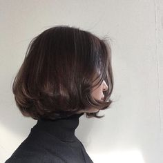 48 Stunning Short Bob Hairstyles For You To Choose - Page 10 of 48 - Kornelia Beauty Short Bob Hairstyles, Hairstyles With Bangs, Pretty Hairstyles, Bob Haircuts, Simple Hairstyles, Weave Hairstyles, Hair Inspo, Hair Inspiration, Hair Day
