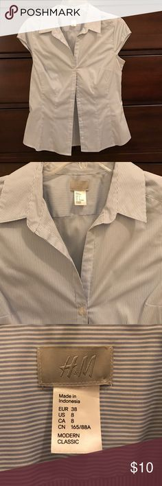 Basic blue and white button up Runs small would probably fit a 4/6 H&M Tops Button Down Shirts
