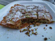 Baklava Austrian Style Lasagna, Pork, Meat, Ethnic Recipes, Style, Pistachios, Bakken, Kale Stir Fry, Swag