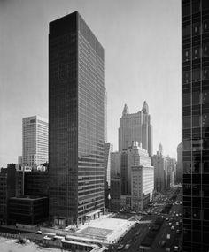 Seagram Building, New York City   Mies van der Rohe with Philip Johnson   Photo © Ezra Stoller/Esto
