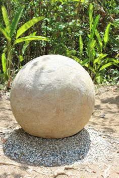 Finca 6: a tour of the mysterious stone spheres of Costa Rica  http://www.happycoconutstravelblog.com/blog/finca-6