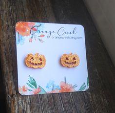 Jack-o-lantern Pumpkin Stud Earrings, Halloween Earrings, Pumpkin Spice Lover Small Earrings, Cute Earrings, Etsy Earrings, Halloween Post, Halloween Crafts, Halloween Costumes, Bridesmaid Earrings, Bridesmaid Gifts, Halloween Earrings