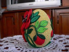 Quilling Designs, Egg Decorating, Ornaments, Paper, Easter Ideas, Eggs, Template, Filigree Design, Amigurumi