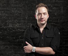 Dropbox: Founder Drew Houston Simplifies the Cloud