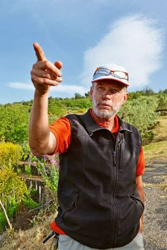 Frank Cornelissen in his vineyard in Contrada Barbabecchi, on Mount Etna. (Photo: Alfonso M. Cevola for The New York Times)