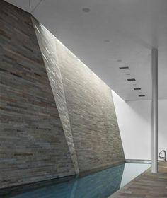 Cascade House / Peter Gluck & Partners Architects...méchante piscine!!!!!