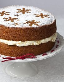 Mary berry whole orange cake - she made this on GBBO master class Christmas Cooking, Christmas Desserts, Fun Desserts, Dessert Recipes, Cake Recipes, Xmas Food, Christmas Cakes, Food Cakes, Cupcake Cakes