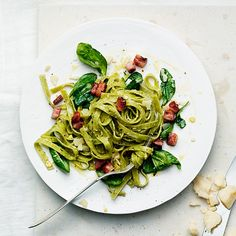 Spinach Pasta Carbonara   7 Quick Dinners To Make This Week