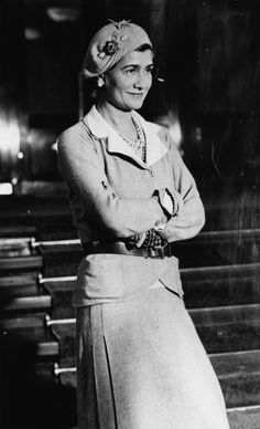 Coco Chanel, 1932 #pearls #chanel #jewelry