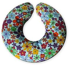 Nursing Pillow Pattern and Sewing Instructions @ sew-whats-new.com