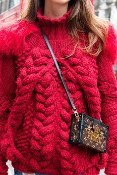 Street style: les sacs à bandoulière - Louloumagazine.com
