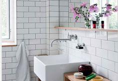 carrelage-salle-de-bain-blanc-joint-gris-sol-mosaique-noir-blanc - Decoration maison, Idees deco interieur, astuces et peinture