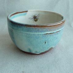 Julia Smith, ceramic artist from Scotland http://folksy.com/shops/JuliaSmithCeramics