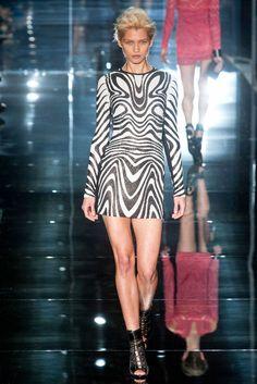 Tom Ford Spring 2014   London Fashion Week