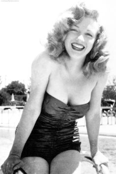 eea91c37e6 2020 Best Marilyn Monroe 3 images