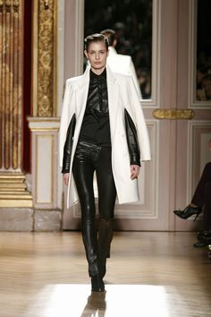 Barbara Bui Runway Winter 2013 - Look 04