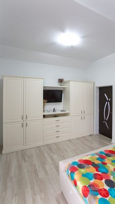 Room Closet, Walk In Closet, Diy Interior, Wardrobes, Bedrooms, Sweet Home, New Homes, Cottage, Furniture