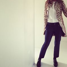 Trinny Woodall teaches us how to revamp an old coat * Style Icons * The Inner Interiorista
