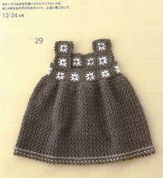 """Charmantes robes pour fillettes de 12 à 24 mois , marrons et roses , décorées de carrés fleuris pour le bustier , trouvées sur le blog de """" Silvana , Crochet y Bebê """" , avec ses grilles gratuites ."""