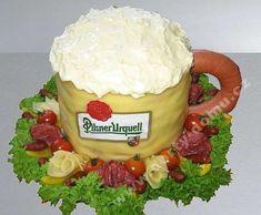 slaný dort půlitr piva Sandwich Cake, Sandwiches, Czech Recipes, Food Decoration, Canapes, Food Gifts, Food Art, Acai Bowl, Buffet