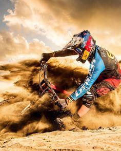 Off Road Moto Racing Wallpaper Wallpapers) – Beautiful Wallpapers Downhill Bike, Mtb Bike, Road Bike, Cycling Art, Cycling Bikes, Cycling Quotes, Cycling Jerseys, Montain Bike, Motocross Bikes