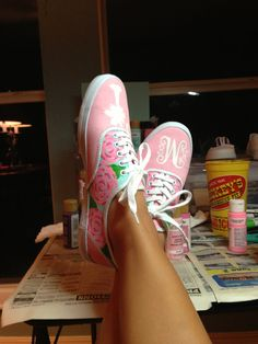 hand-painted keds! I could totally do this :))