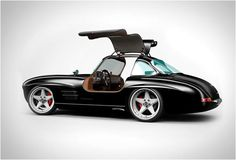 300SL Panamericana. A handbuilt remake of the Mercedes 300SL of the 1950s. By Gullwing America.