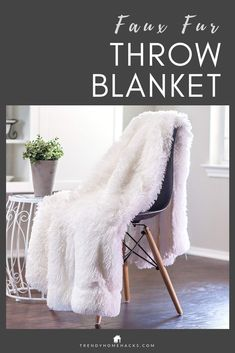 Chanasya Shaggy Longfur Faux Fur Throw Blanket - Fuzzy Lightweight Plush Sherpa Fleece Microfiber Blanket - for Couch Bed Chair Photo Props Inches) White Faux Fur Blanket, Faux Fur Throw, Fuzzy Blanket, Chunky Blanket, First Apartment Essentials, Apartment Checklist, Apartment Ideas, 1st Apartment, Diy